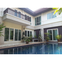 4 bedroom hwith private pool in secure compound near Thong Lo BTS