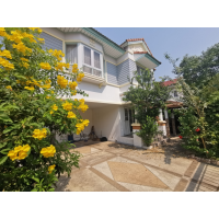 Perfect Saima Village house for rent with 3 bedroom+study room, 3 bathroom nice garden about 170 sqm locate in center Nonthaburi province about 10-15min walk Saima Purple Line MRT statiogood for residence