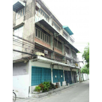 Shophouse 12 unit 0n land 215 sq wah for Sale behind Lumpini Tower in Soi Saphan khu, Sathorn, Rama IV