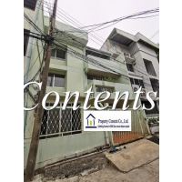 Townhouse for rent in Sukhumvit 61 about 1 km. from Ekkamai BTS