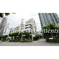 Low-rise Office building 100 sq m. on Naratjhiwas-Sathorn 3 near Chong Nonsi BTS