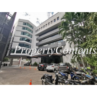 A Low-rise office building in Soi Thonglor near Thong Lo BTS