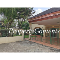 Semi-Detached House for rent in compound share pool near St Andrew Int'l School , Sukhumvit 107