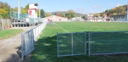 รั้วขอบสนามฟุตบอล