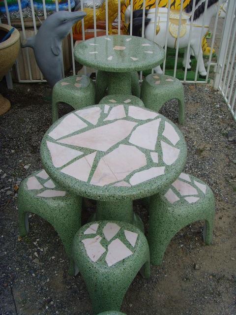 โต๊ะสามขา หินขัด หินอ่อน สีเขียว