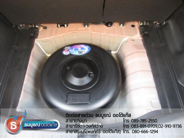 ถังแก๊สโดนัท ถังโดนัท 42 ลิตร ภายในรถ HONDA Jazz Japan 2012 ป้ายแดง กับชุด Advanced-OBD ของ ENERGY-REFORM ติดถังโดนัท 42 ลิตร โดยธนบูรณ์ ออโต้แก๊ส