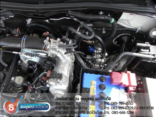 รีวิว Review ภาพรวมการติดตั้งระบบแก๊สในห้องเครื่องยนต์ ที่เดินสาย และเก็บสายไฟอย่างเรียบร้อย เพื่อความปลอดภัยของผู้ขับขี่ Mitsubishi Pajero Sport 2400 cc. ป้ายแดง กับชุด Advanced-OBD 4 สูบ ของ ENERGY-REFORM พร้อมถังโดนัท  51  ลิตร ใต้ท้องรถ โดยธนบูรณ์ ออโต้แก๊ส