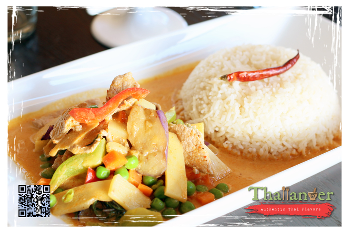 Thailander Red Curry with Steamed Rice