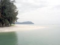 หาดทรายขาวหน้าเกาะตะรุเตา
