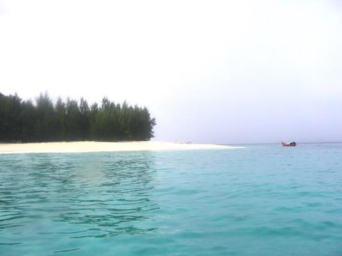 หัวแหลมเกาะอาดัง