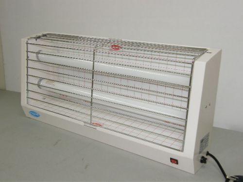 เครื่องไฟดักแมลงแบบกาว VASU รุ่น : VSA - 20G บริษัท วสุทิพย์ จำกัด